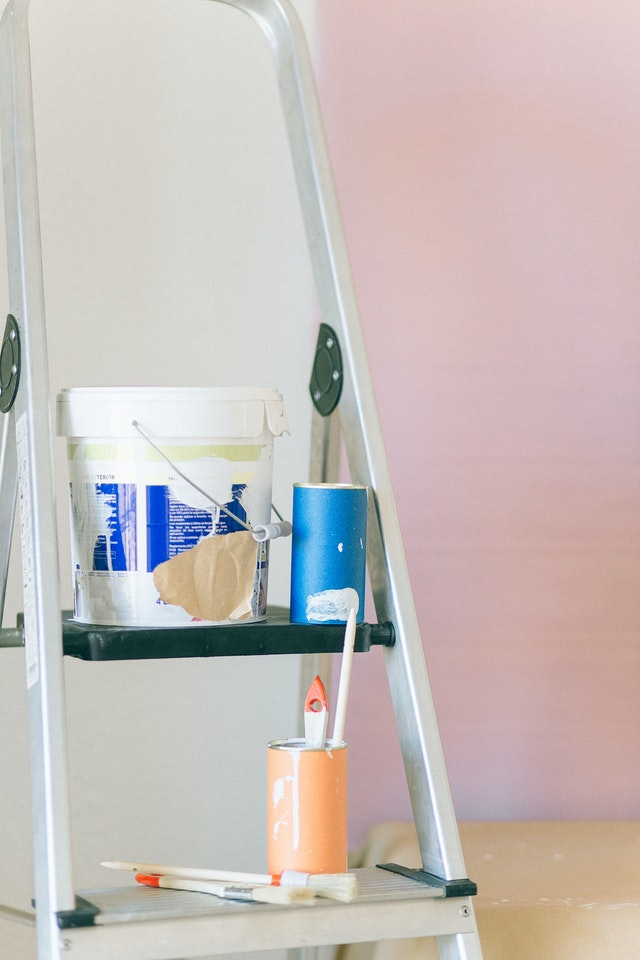Paint The House Without Damaging The Floor Or The Furniture