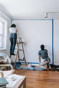 How To Paint The House Without Damaging The Floor Or The Furniture?